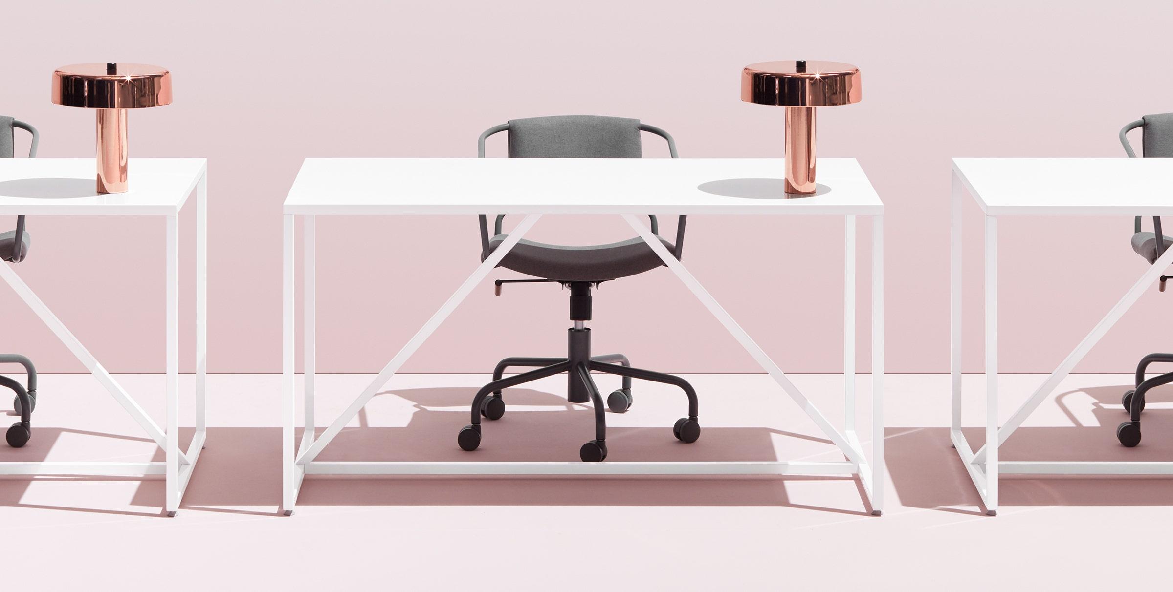 Strut Medium Table