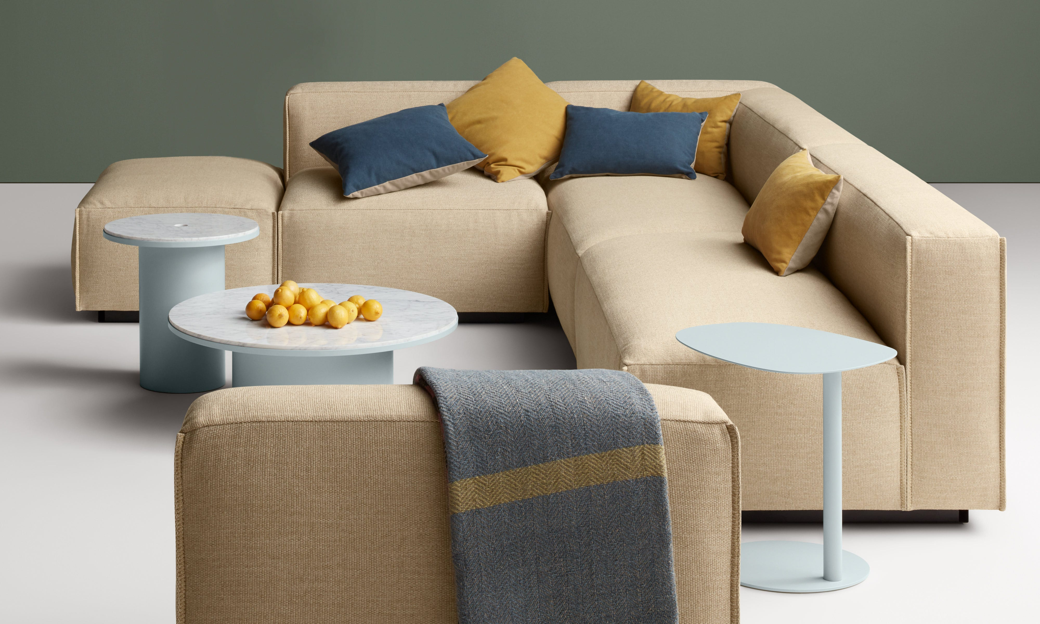Cleon Medium Sectional Sofa