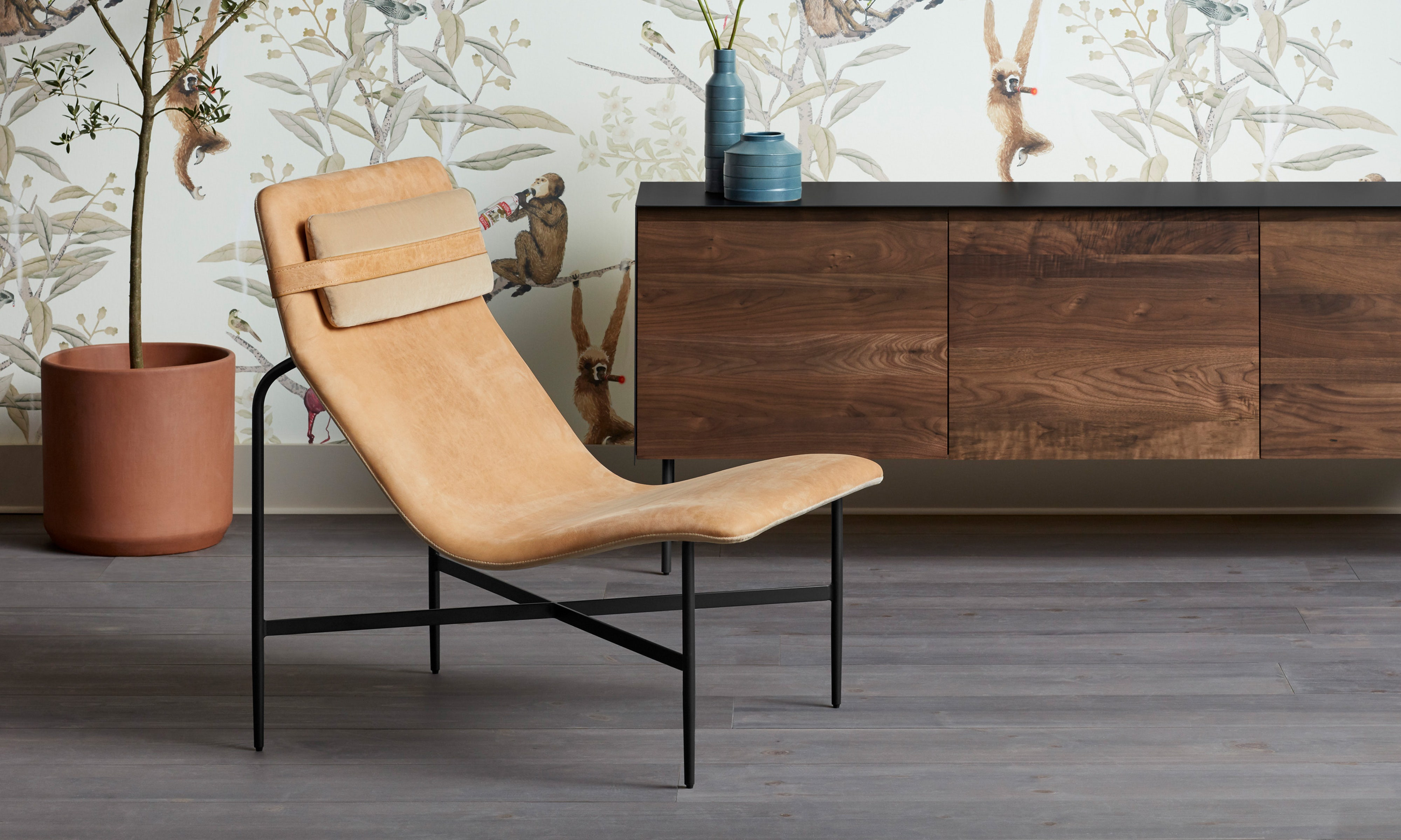 Tremendous Deep Thoughts Leather Lounge Chair Andrewgaddart Wooden Chair Designs For Living Room Andrewgaddartcom